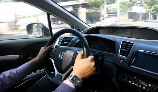 Khóa Học Lái Xe Ô Tô Hạng B2 - Xe Số sàn ( Xe 4-9 Chỗ)
